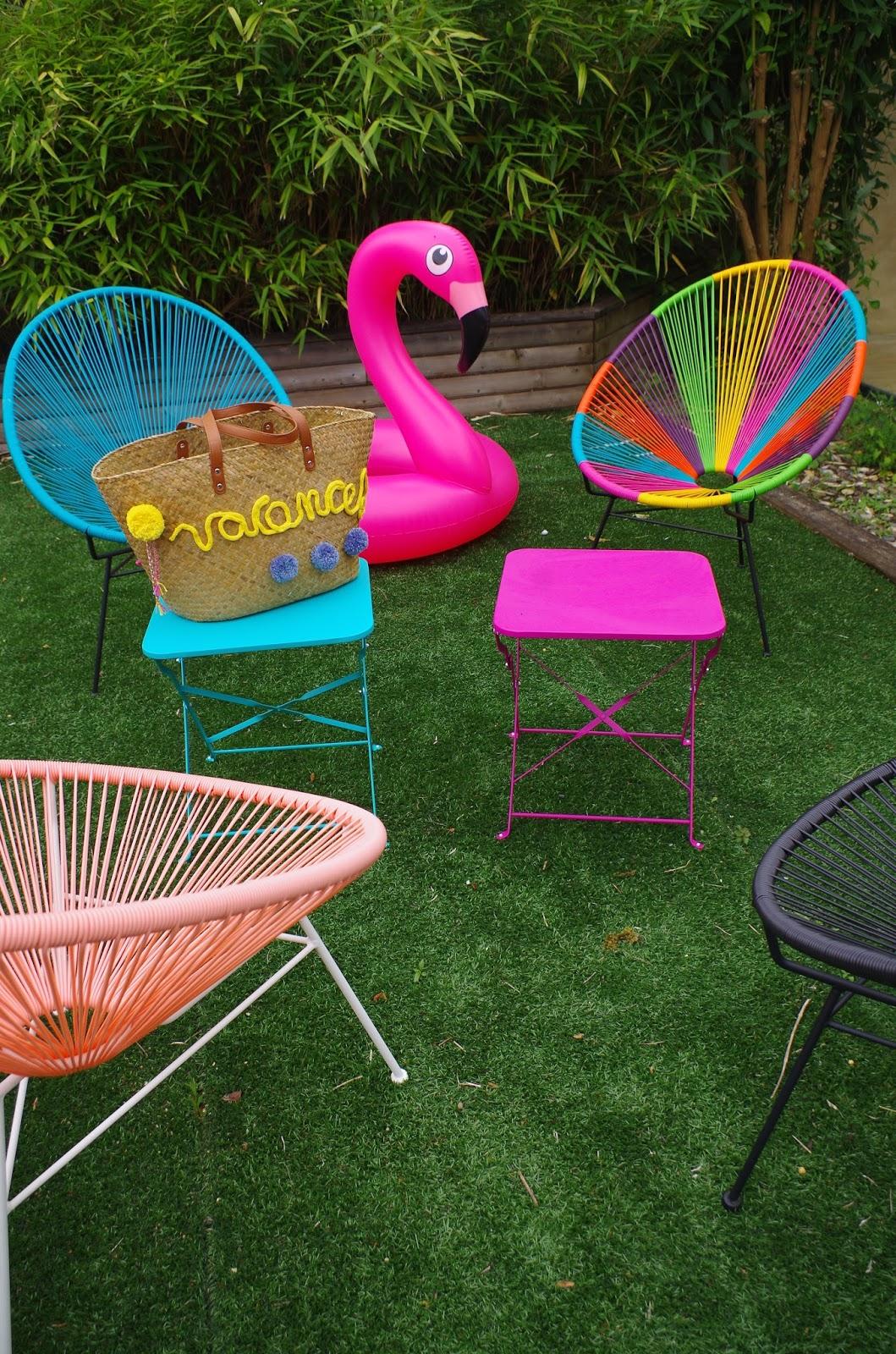 stunning fauteuils copacabana maisons du monde uac luun tables de chez gifi uac chaque boue. Black Bedroom Furniture Sets. Home Design Ideas