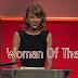 Taylor acepta el premio a Woman Of The Year (2014) | Subtitulado