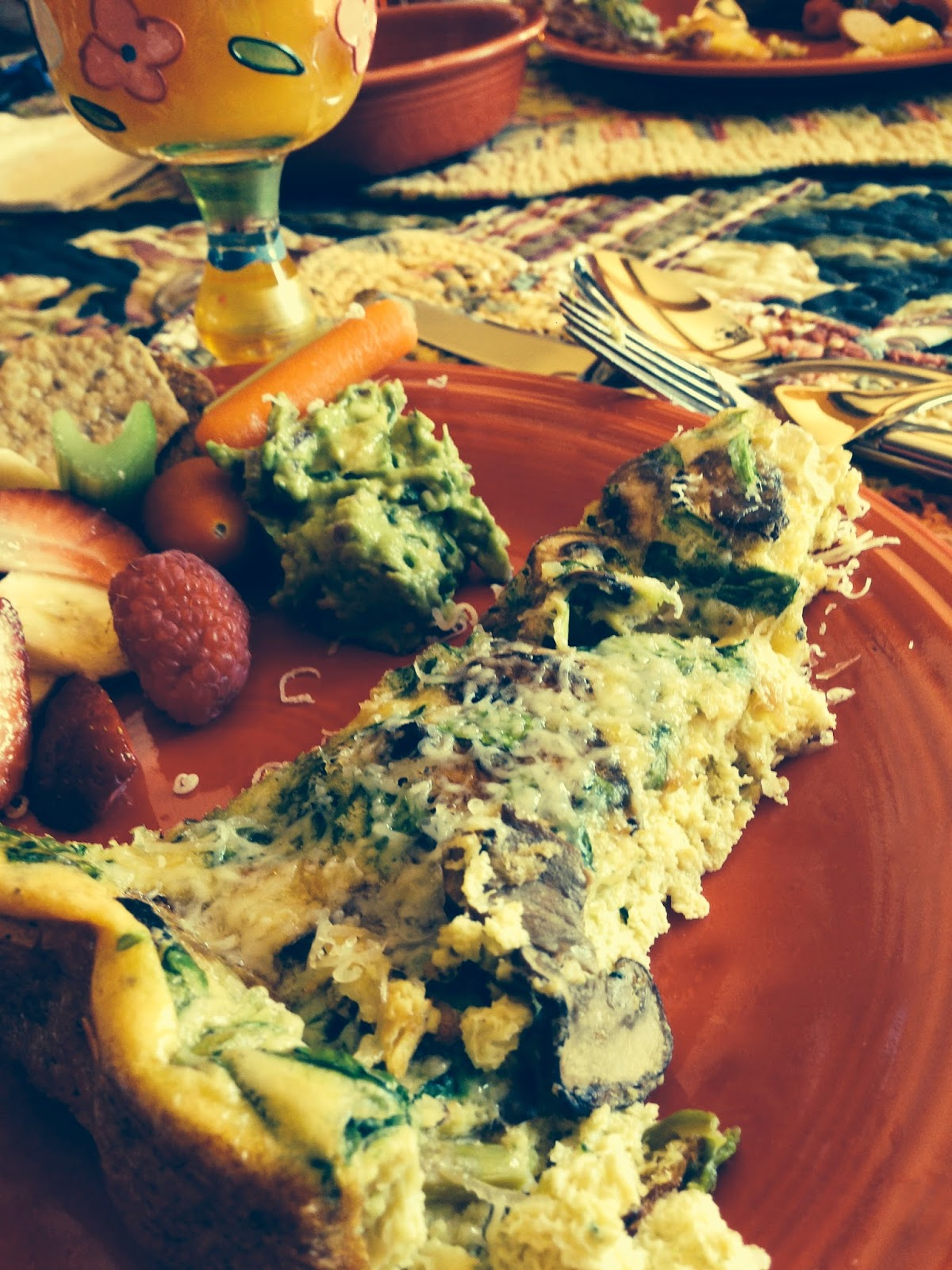 Cheesy Spinach and Mushroom Frittata! #brunch #breakfast #food #glutenfree #paleo #beautybeyondbones #edrecovery