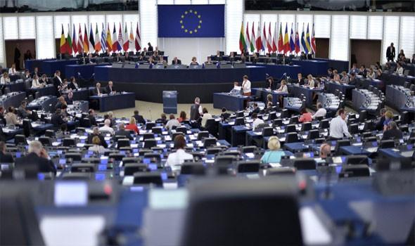 الاتحاد الأوروبي يصدر قائمة عقوبات قاسية على الحكومة السورية