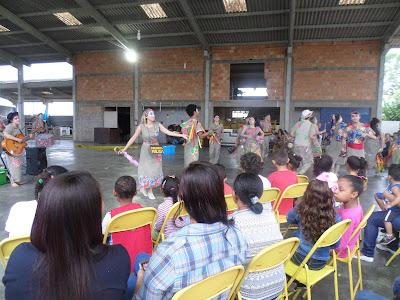 Espetáculo teatral gratuito leva 300 pessoas a Sete Barras