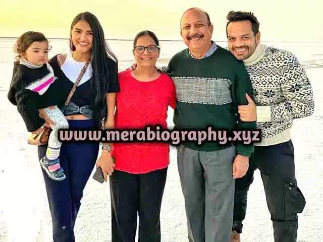 Gaurav Taneja Family Photo