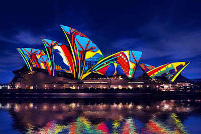 Source: Vivid Sydney, Destination NSW. Songlines – render impression by Artists in Motion inspired by Artist Karla Dickens.