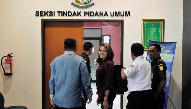 """Nikita Tolak Minta Maaf soal Hina Habib Rizieq, """"Masuk Penjara Tinggal Masuk"""""""