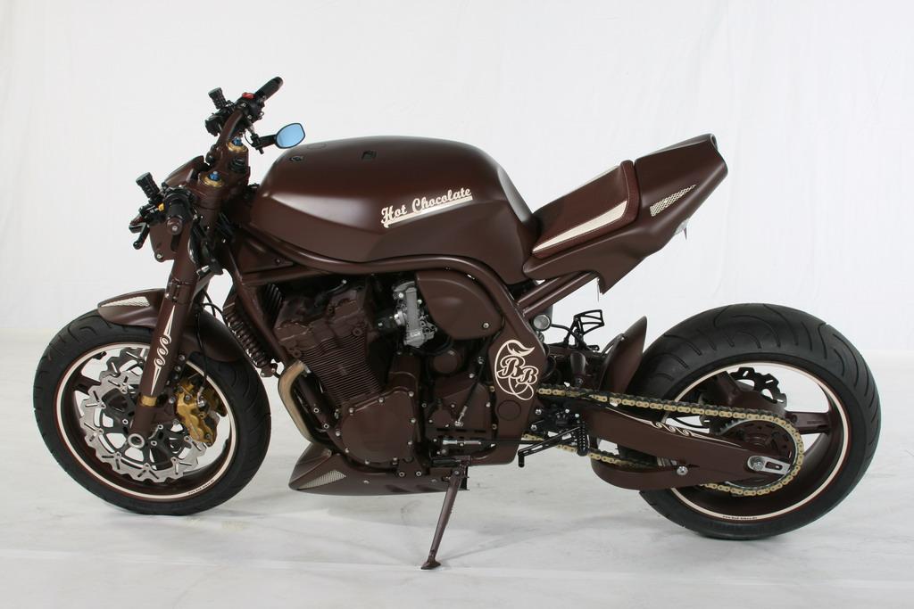 Racing Cafè: Suzuki Bandit 1200