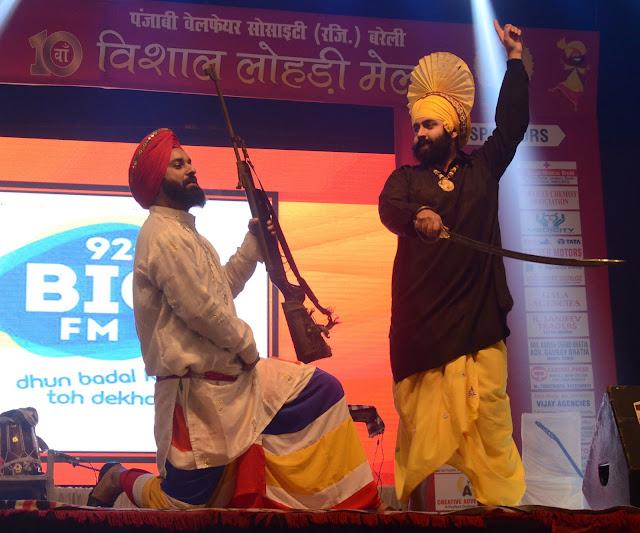 Lohri fair brings awareness to Punjabi culture | Paraice News