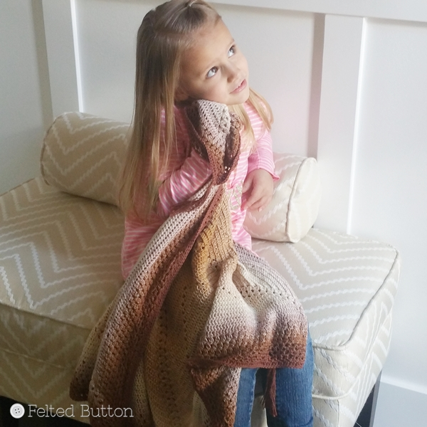 Caramel Whirl Blanket free crochet pattern by Susan Carlson of Felted Button
