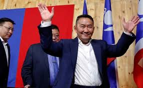Mongolia election: Marital arts star wins presidential poll