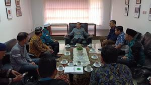 Politisi Senior Akbar Tanjung Mendukung Ponpes SAD Berbasis Keterampilan