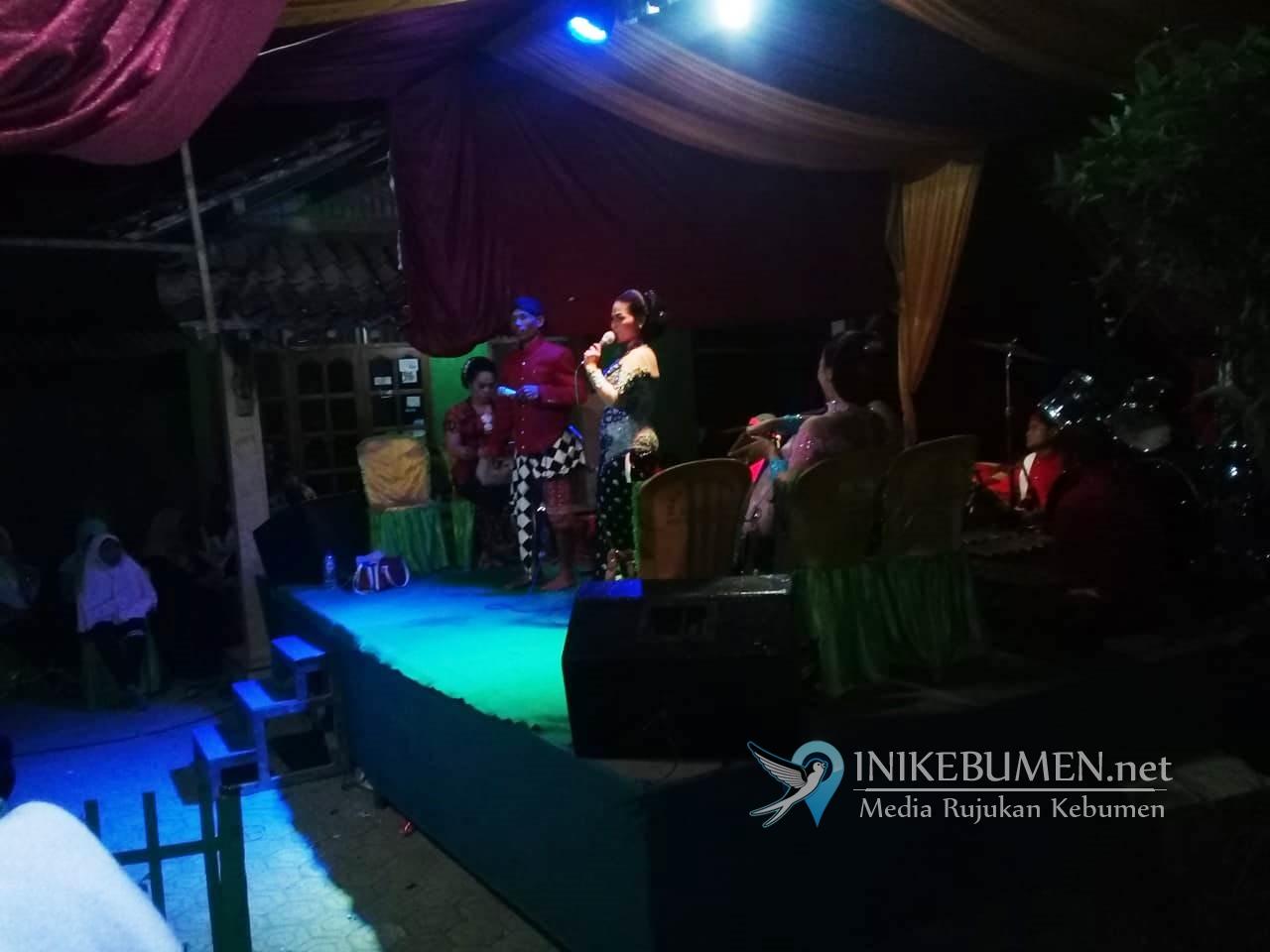 Warga Rantewringin Nanggap Wayang Setelah 20 Tahun