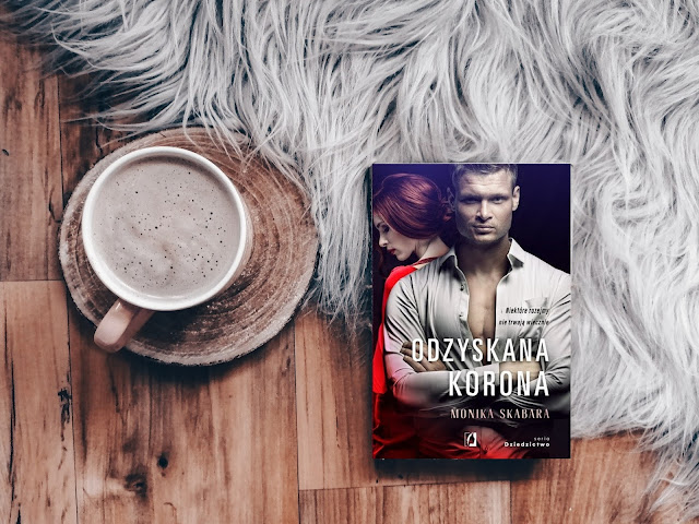 Romans | Odzyskana korona, Monika Skabara