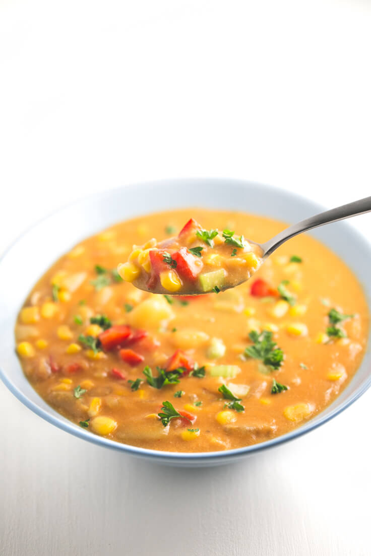 Corn Chowder - This corn chowder is our version of a typical American recipe called Corn Chowder. It is delicious, and it takes 30 minutes to prepare.