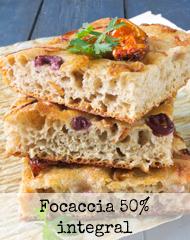 http://burbujasderecuerdos.blogspot.com/2016/11/focaccia-intregal-con-cebolla-aceitunas-y-tomates.html