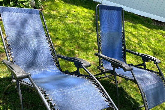 Make Outdoor Zero Gravity Chairs Look New