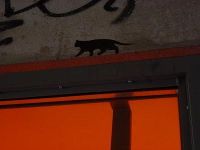 Katze auf dem Sims, Berlin, Stencil