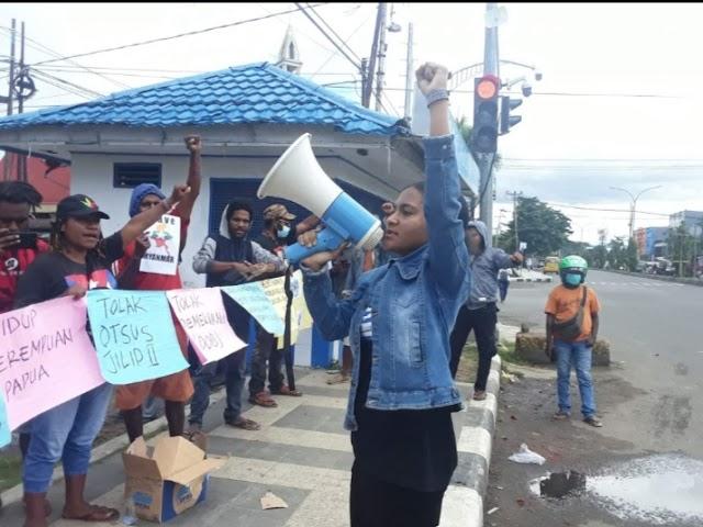 Dana Otsus Besar, Papua Tak Ada Pendidikan Gratis