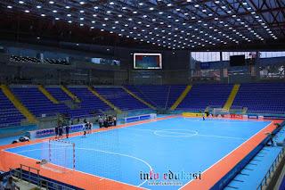 Contoh Gambar Lapangan Futsal Indoor (Dalam Ruangan)
