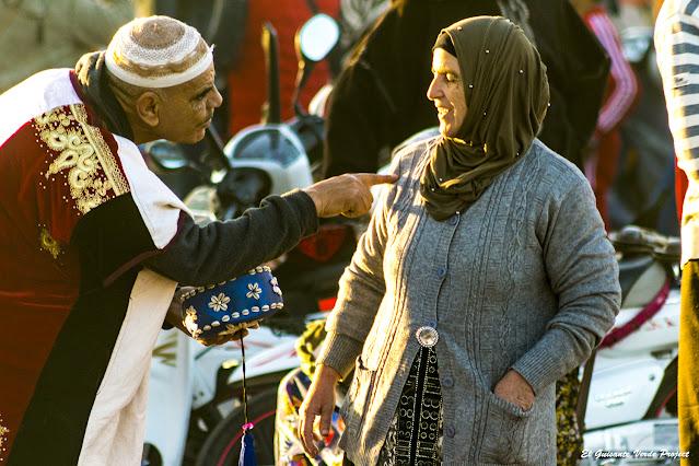 Marrakech, regateando en la Plaza Yamaa El Fna, por El Guisante Verde Project