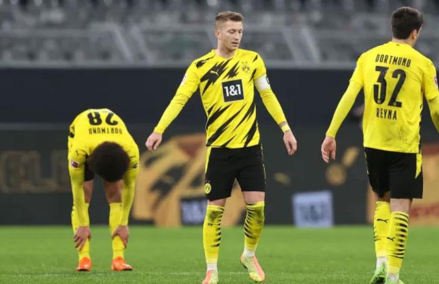 Video Gol Borussia Dortmund 1-5 Stuttgart
