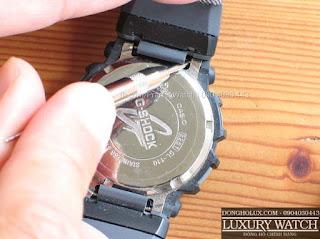 Cách sử dụng bộ tháo chốt đồng hồ thay dây