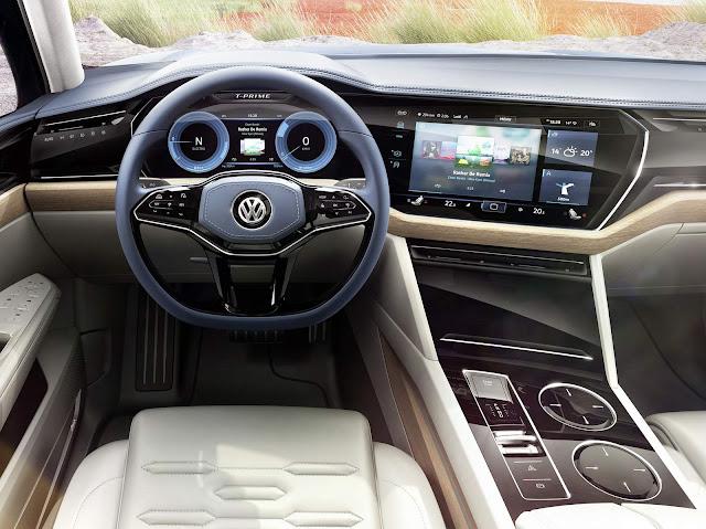 VW Touareg 2017 - interior