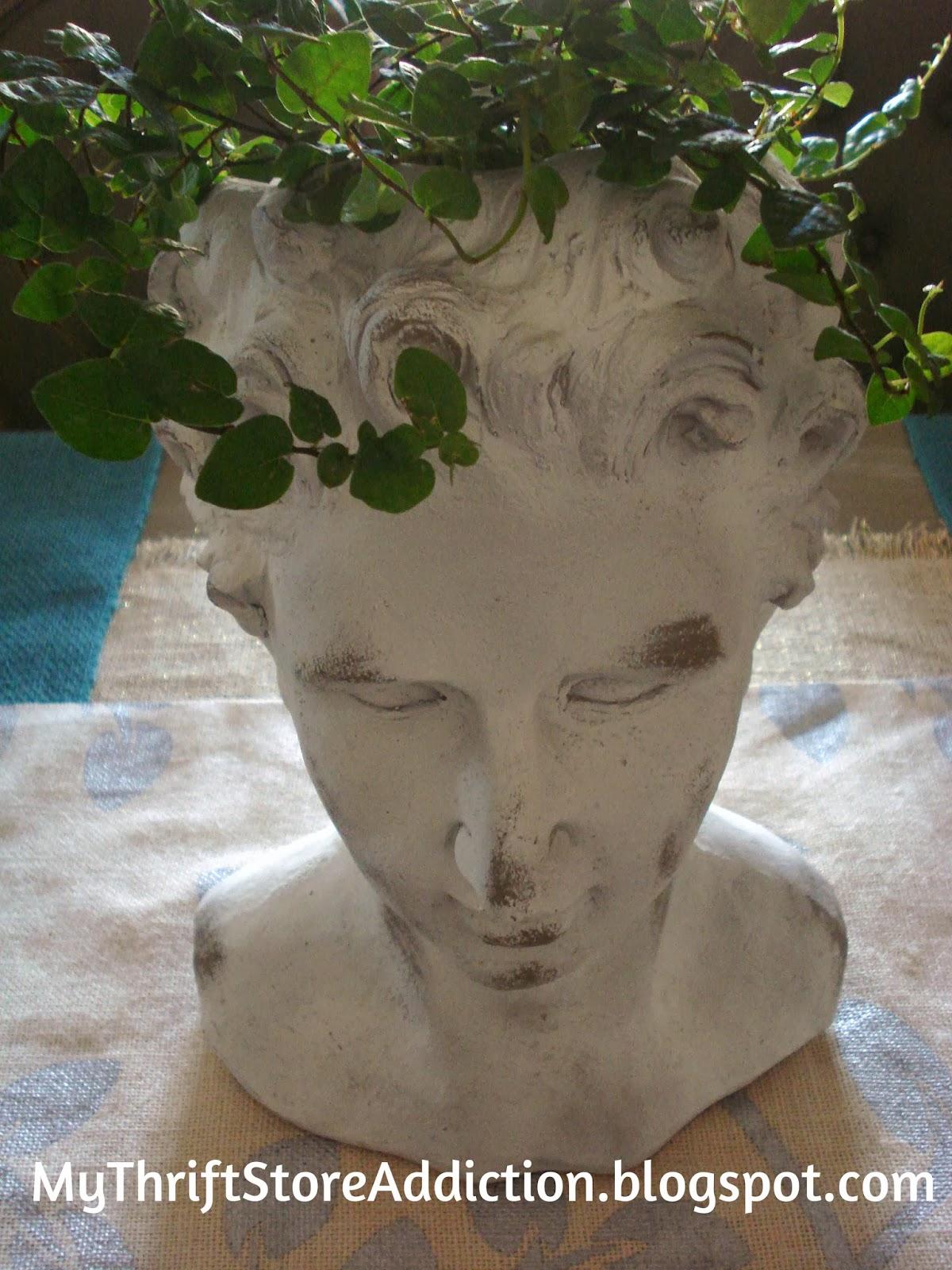 Statuary head vase