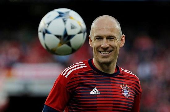 Robben tiết lộ ra nhập Chelsea vì bị MU từ chối.