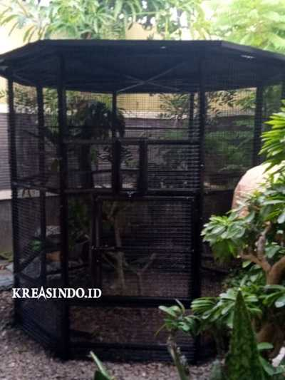 Kandang Besi untuk Burung Lovebird pesanan Bpk Ponco di Cirebon Berhasil Selesai