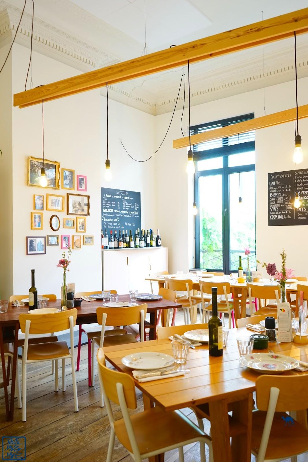 Le Chameau Bleu - Table d'hôtes Les filles Restaurant à Bruxelles Belgique