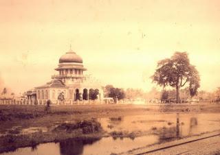 Mesjid Raya Baiturrahman Dalam Bingkai Sejarah Aceh