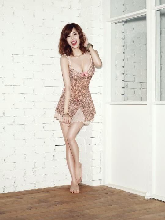 Yoo jiwon and han na to her 6