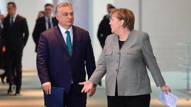 Angela Merkellel tárgyal holnap Orbán Viktor