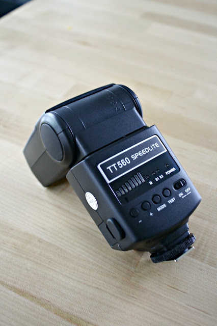 TT560 Speedlite for photography