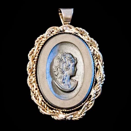Black Cameo Lady Pendant