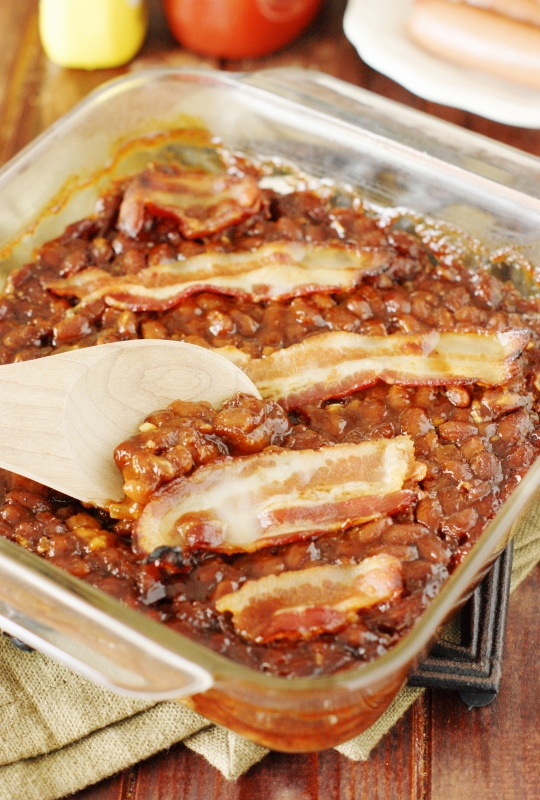 Spicy Baked Beans with Bacon ~ Easily whip up a tasty pan of these ...