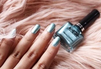 Nykaa Mirror Chrome Nails – Swatches