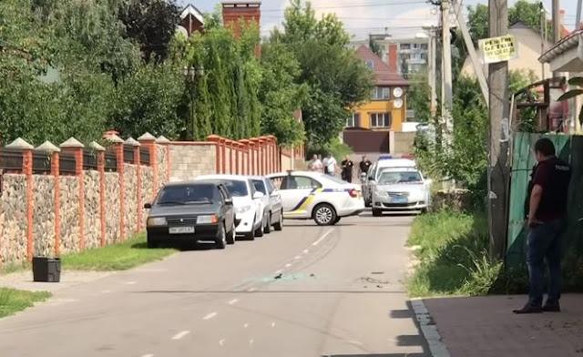 Стрілянина у Києві: невідомі поранили чоловіка у ногу і викрали велику суму грошей