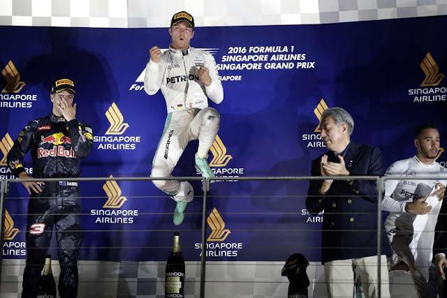 Tại giải đấu năm nay, lần đầu tiên, người hâm mộ có cơ hội tham gia cùng tay đua Max Verstappen của đội Red Bull Racing, tham quan hậu trường hoặc khám phá khuôn viên đường đua rộng lớn - thông qua trải nghiệm thưc tế ảo 360˚. Người hâm mộ còn có thể trải nghiệm tại các trạm dừng kỹ thuật trên các xe tải lưu động F1 Power Up, kéo dài đến hết tháng 9.2019.