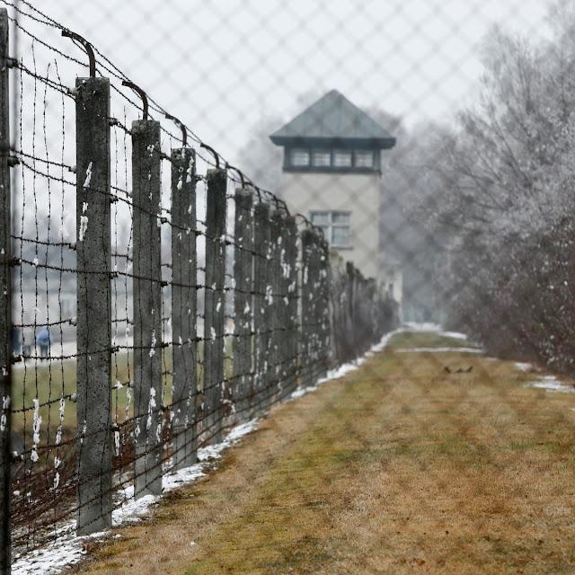 පළමු නාසි වධකඳවුරේ කතාව (The Story Of The First Nazi Concentration Camp) - Your Choice Way