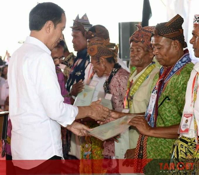 Presiden Jokowi Serahkan 2.706 Sertifikat Tanah Untuk Masyarakat Kupang