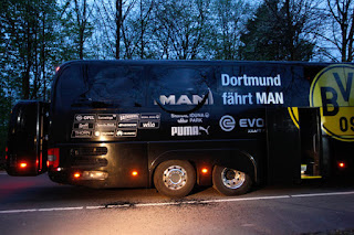 One player injured after explosions near Borussia Dortmund bus