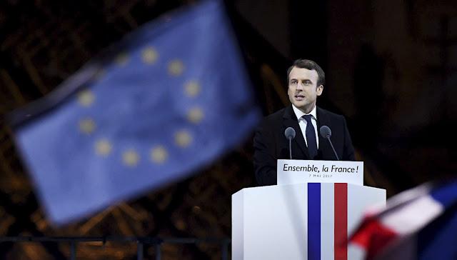 Pernah menjadi subyek ejekan di kalangan politik Prancis, saat ini Emmanuel Macron pun bisa tersenyum lega.