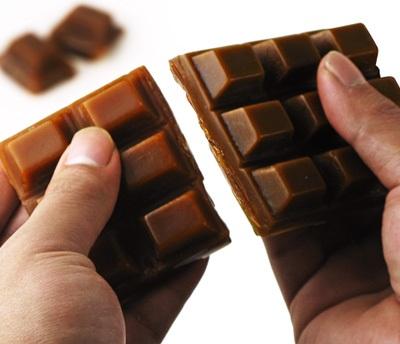 Você sabia que uma barra de chocolate pode conter baratas ?