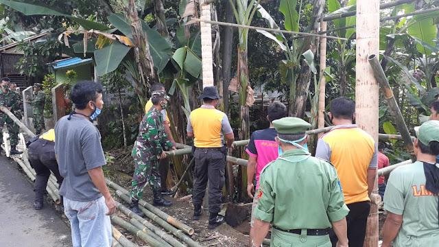 Karbak Eratkan Kerja Sama Warga Pangalusan di Kecamatan Mrebet