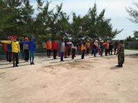 Guna Menyongsong HUT Kemerdekaan Ke-74 Babinsa Medang Deras Laksanakan Giat Latih Paskibra