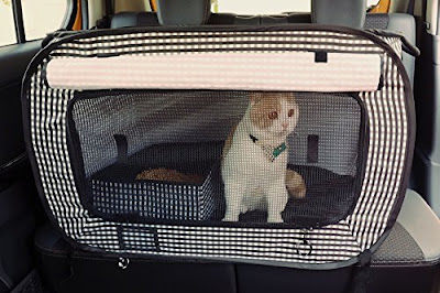 Pet Carrier on Favored Pets