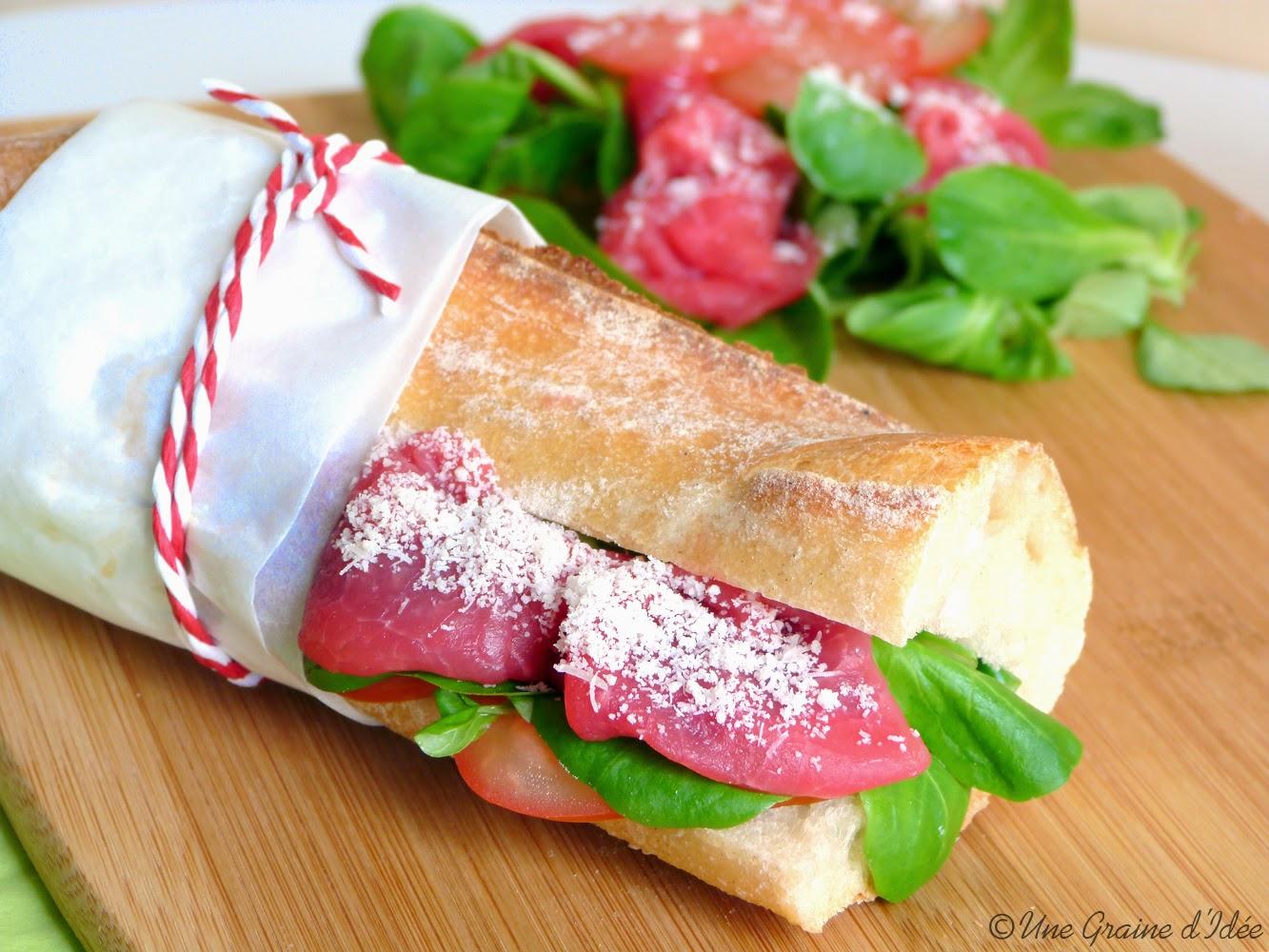 sandwich carpaccio de boeuf m che et tomate une graine d 39 id e. Black Bedroom Furniture Sets. Home Design Ideas