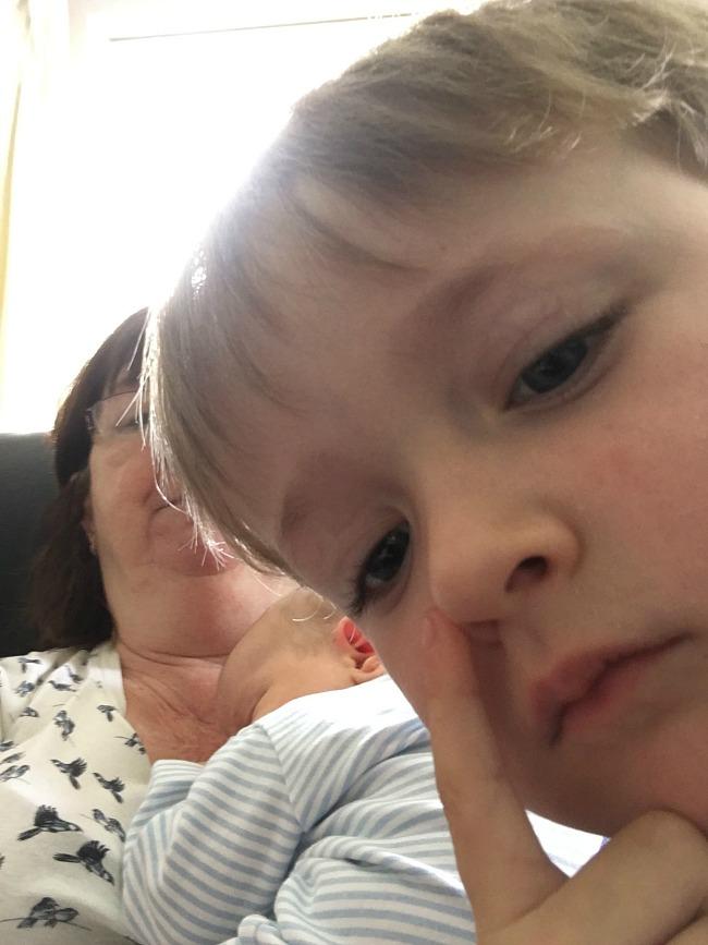 toddler-selfie