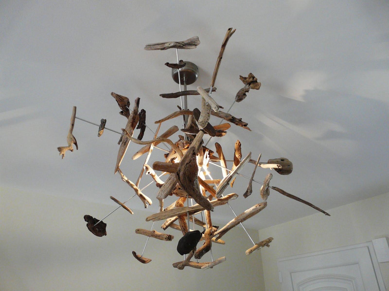 les p 39 tites bricoles d 39 isabelle suspension a rienne en bois flott de la c te vermeille. Black Bedroom Furniture Sets. Home Design Ideas