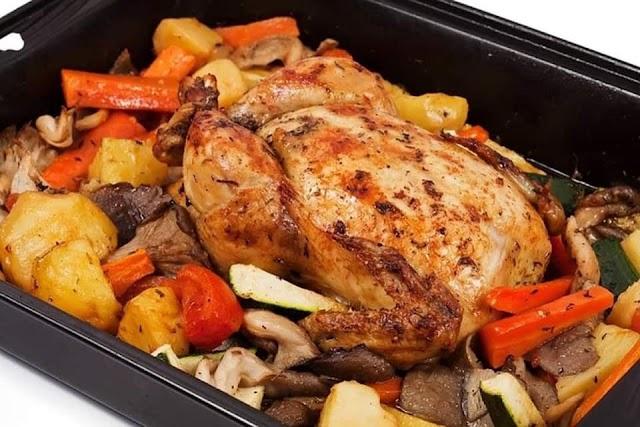 صينية الدجاج والخضروات مع جوز الهند والمشروم